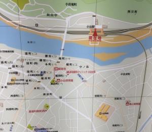 小出駅 地図