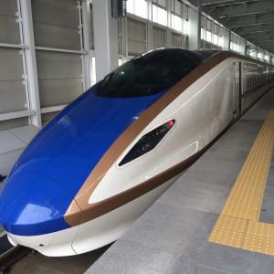 北陸新幹線 はくたか号 上越妙高駅