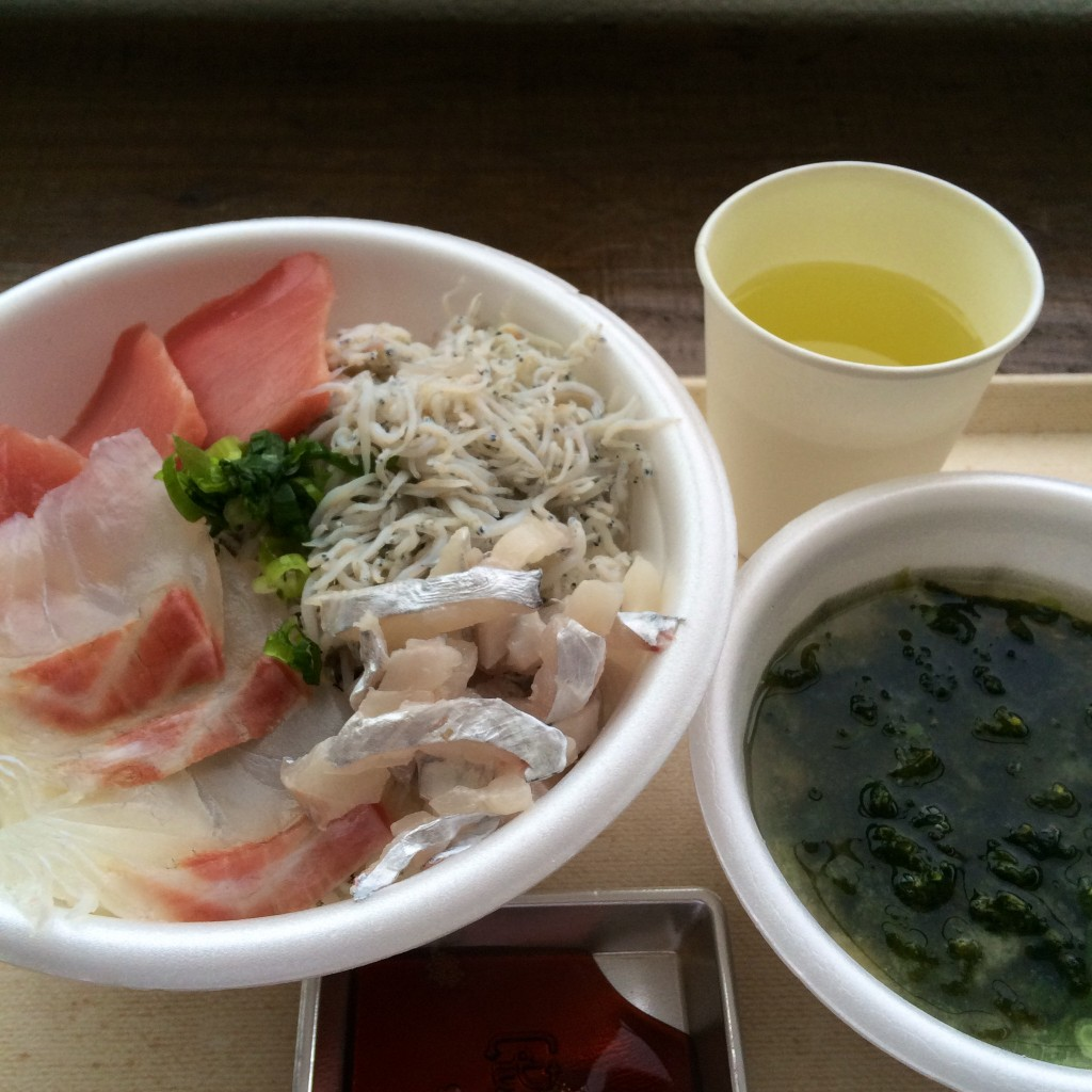 沼津港 海鮮丼 安い