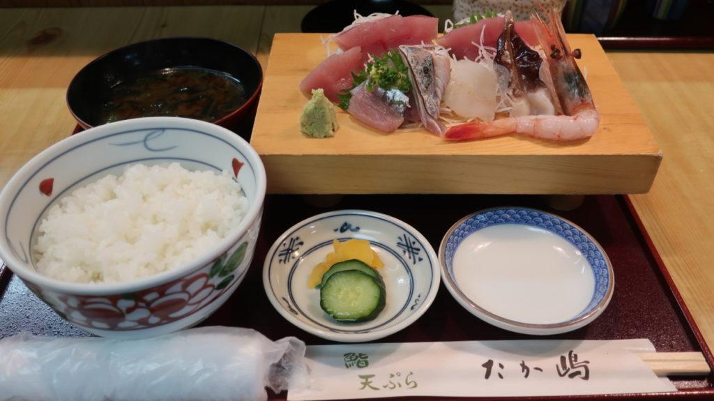 たか嶋 1080円の刺身定食