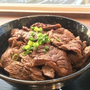 牛肉丼屋 和 肉丼