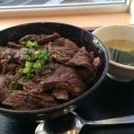 ららぽーと立川 牛肉丼「和」890円【肉厚】ランチで焼肉屋気分満喫