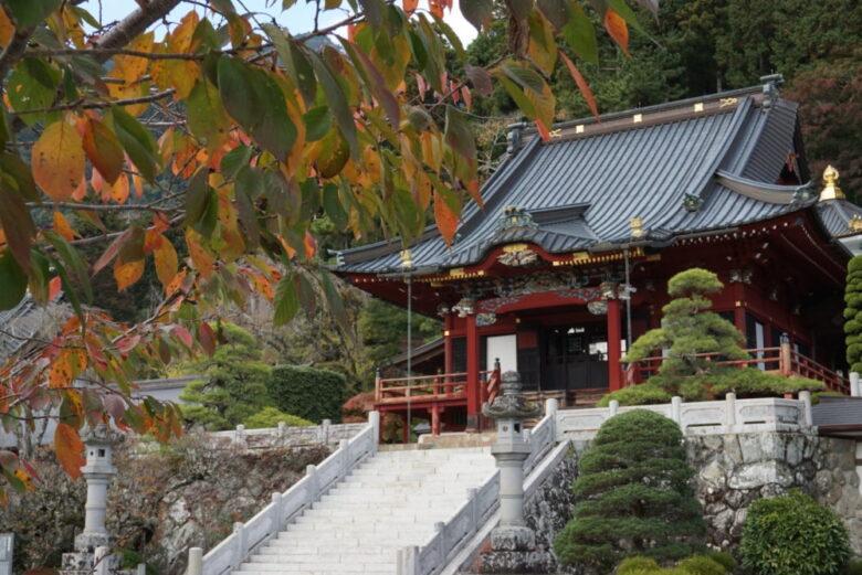 身延山久遠寺の紅葉