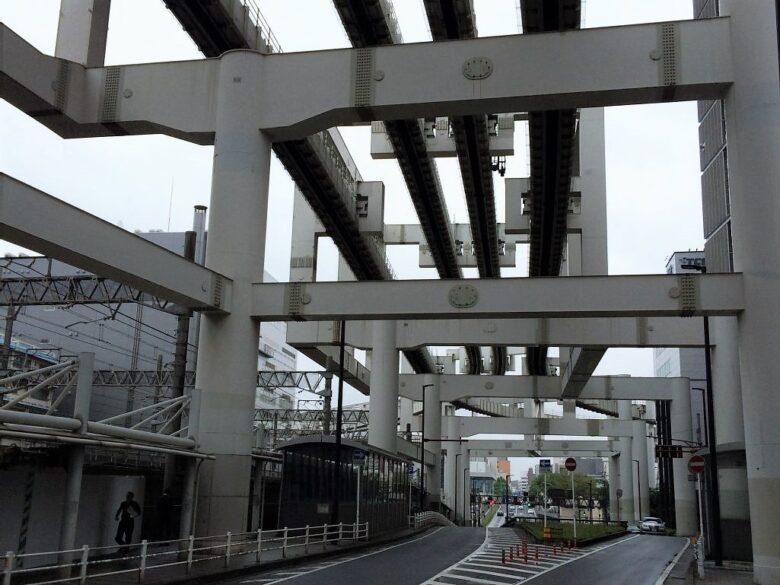 東口モノレール