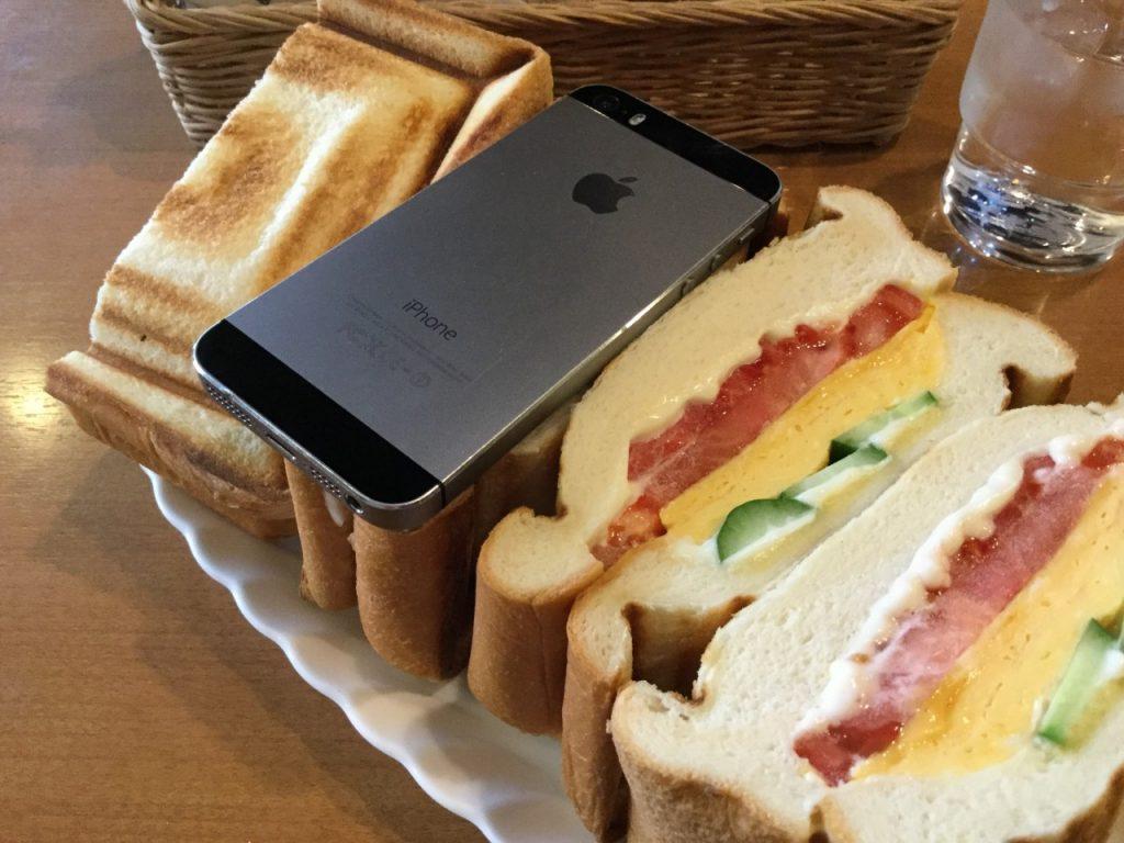 喫茶店ブレイク ミックス・グリル・サンドウィッチ