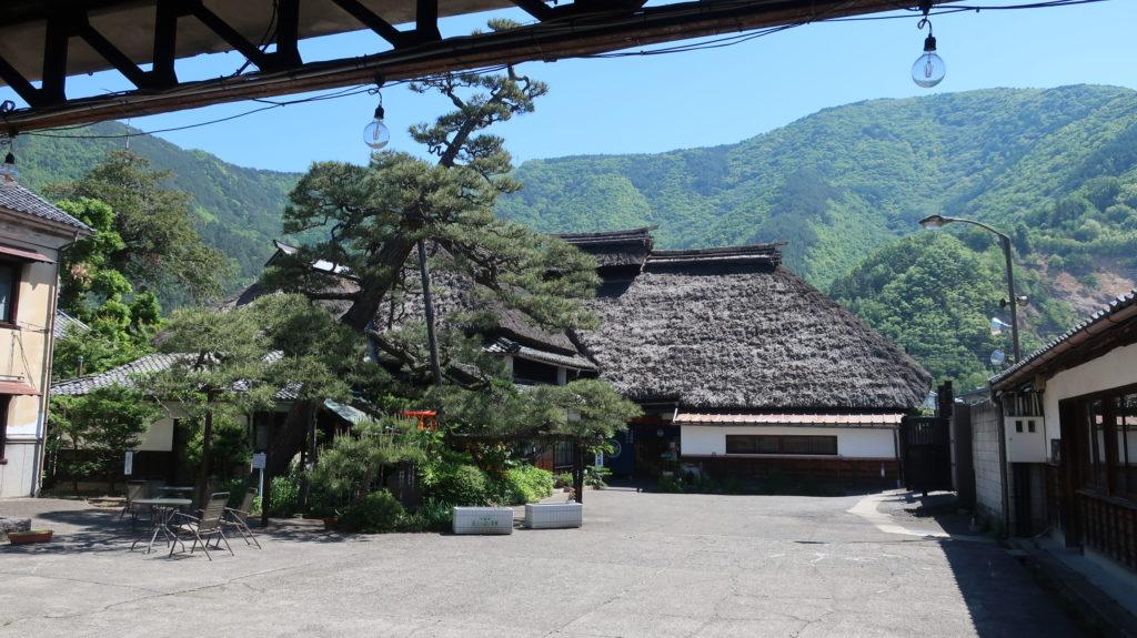 酒蔵  戸倉駅