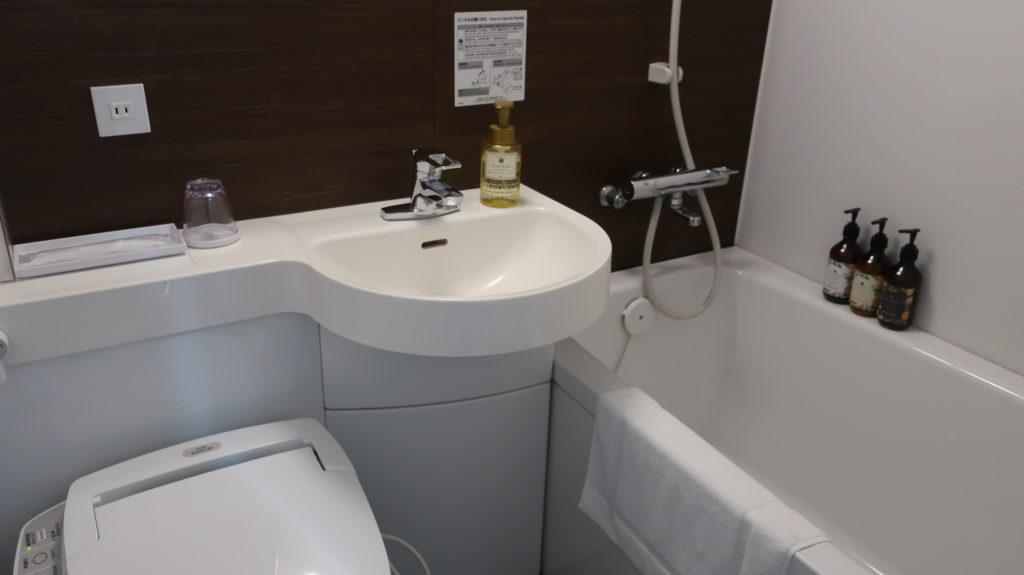 ホテル昭明館 バストイレ