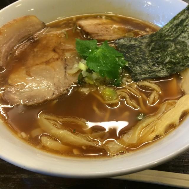 醤油中華そば(780円)