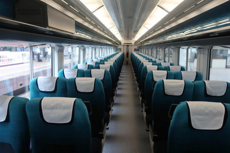新型車両E257系 座席