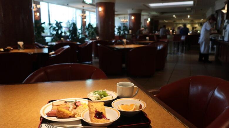ホテルニューヨコスカの朝食バイキング
