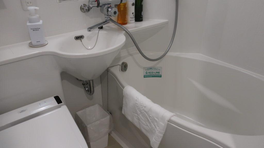バス・トイレ アパホテル&リゾート〈横浜ベイタワー〉