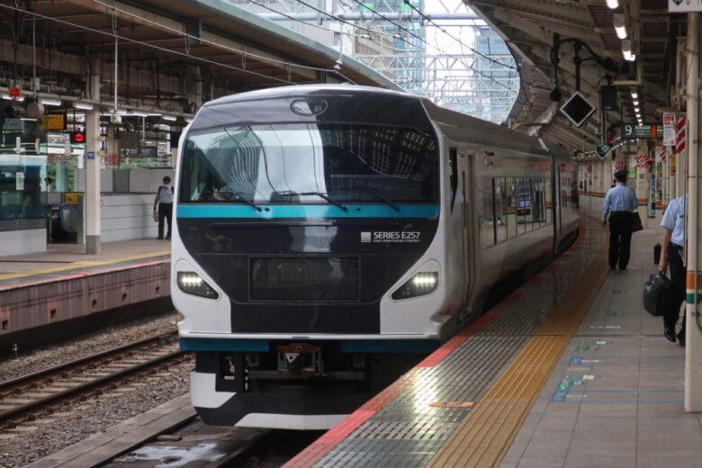新型車両E257系
