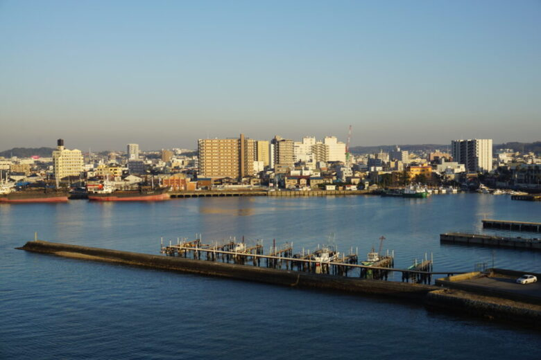 木更津港と木更津の町