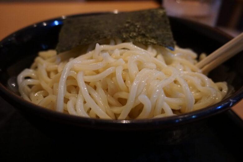 宝来軒 総本店 つけ麺の麺