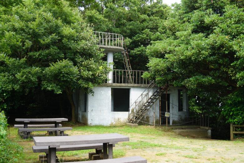 猿島の旧展望台