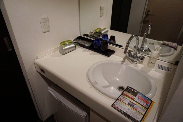 ドーミーイン三島 洗面化粧台