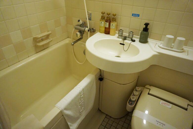 ホテル・エルムリージェンシー バストイレ