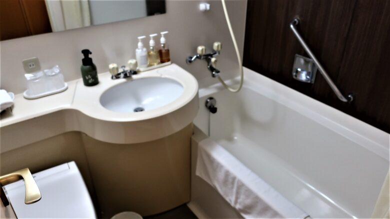 沼津リバーサイドホテル バストイレ