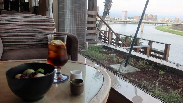 沼津リバーサイドホテル カフェ
