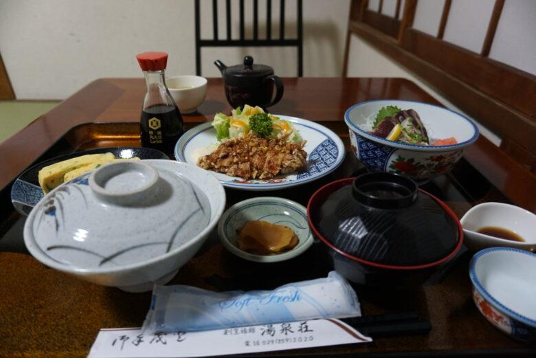 内原鉱泉 湯泉荘 夕食